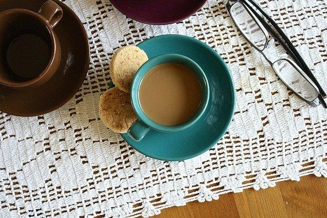 紅茶とコーヒーの図
